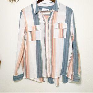 ❤️Olive & Oak Striped Button Down Shirt